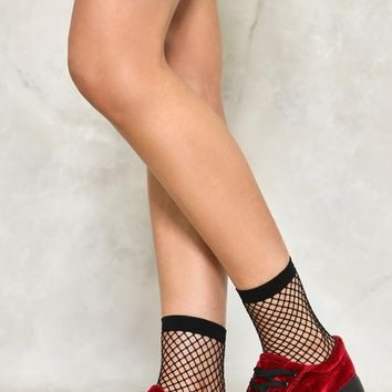 Nice Catch Fishnet Ankle Socks