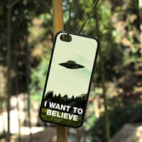 I Want To Believe Plastic Phone Case - iPhone - UFOs Exist (Black)