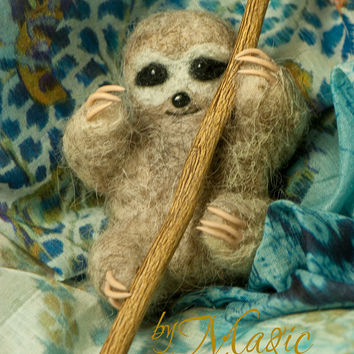 Felted sloth, needle felt animal, miniature, small toy