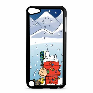 Charlie And Snoopy Brown Christmas iPod Touch 5 Case