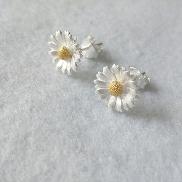 Pure Sunflower Stud Earrings, Sterling Silver Sunflower Earrings,silver flower earrings,flower stud earrings,gift for her