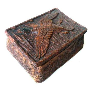 Pre-owned Hand-Carved Wooden Snuff Box