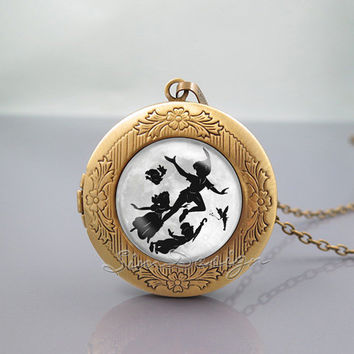 Peter Pan Locket Necklace,Peter Pan with friends flying moon,vintage pendant Locket Necklace