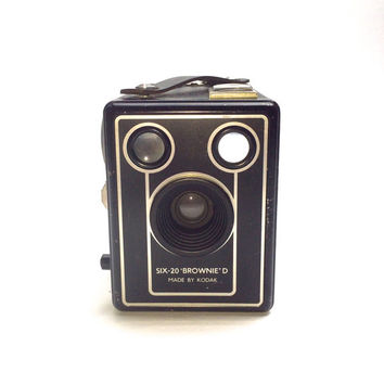 Kodak Brownie Camera - Six-20 Brownie Model D - Vintage Film Camera - Box Brownie - Made in England 1940s / 1950s