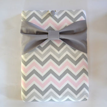 "Macbook Pro 13 Sleeve MAC Macbook 13"" inch Laptop Computer Case Cover Grey, White & Pink Chevron with Grey Bow"