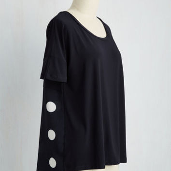Film Noir Mid-length Short Sleeves Two Tell You the Truth Top