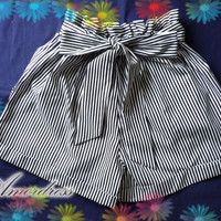Hulala Summer Shorts - Jazzy Black Stripe Cute Bow Tie Black Shorts for Cool Summer -Size S-M-