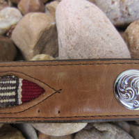 70s Circle Y of Yoakum Saddle Blanket Concho Western Belt, W25 W26 W28, 65-75 cm // Southwestern Leahter Belt w/ Horse Blanket Inlay