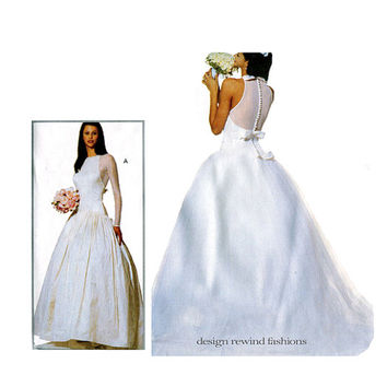 90s WEDDING DRESS PATTERN Vera Wang Fit & Flare Bridal Ball Gown Bust 31.5 32.5 34 Designer Vogue 1945 UNCuT Women's Vintage Sewing Patterns