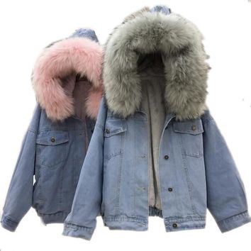 Denim Jacket : Fur Collar Denim Jacket