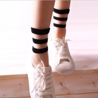 2016 new summer fashion transparent crystal socks Japanese socks glass fiber socks three bars