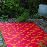 Royalton Eco-Friendly Woven College Rug - Orange Peel & Rouge Red