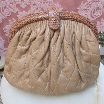 VTG 1980s Genuine CHANEL QUILTED LAMBSKIN Convertible CLUTCH to SHOULDER BAG EUC