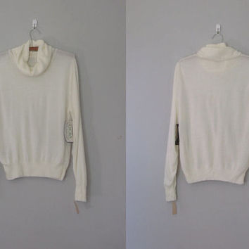 Off white cowl neck sweater / Vintage 1970s off white sweater