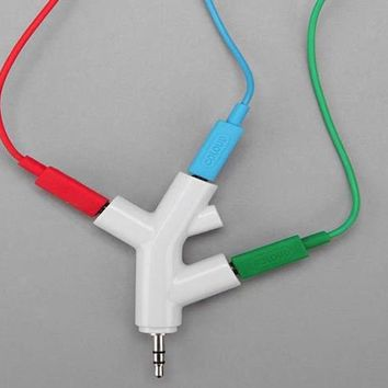 Tree Branch Headphone Splitter By Kikkerland