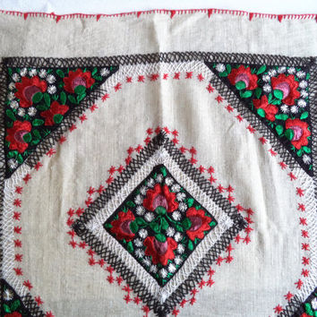 Embroidered table topper/ vintage folk art embroidery/ small square embroidered tablecloth with flowers leaves/ red black white embroidery