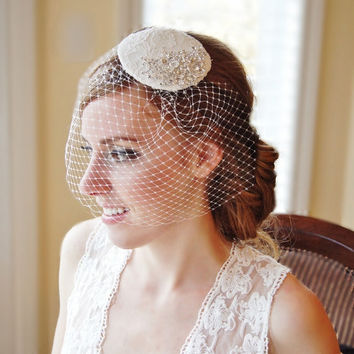 Bridal Hat Vintage Inspired French Lace Fascinator Off-White Birdcage Veil Wedding Accessories