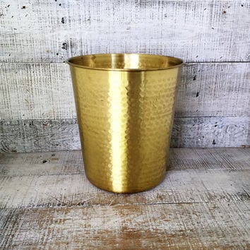 Wastebasket Cover Hammered Brass Trashcan Hollywood Regency Wastebasket Mid Century Decor Vintage Glam Brass Umbrella Holder Brass Planter