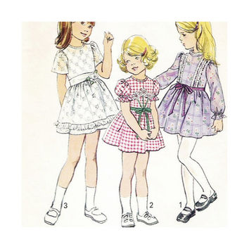 1970s Vintage Pattern Girls Flower Girl Communion or Party  Dress Size 5 Simplicity 6819