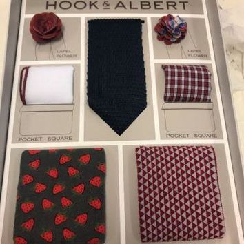New Hook & Albert Men'S Tie, Lapel Flower, Socks And Pocket Square Gift Set.