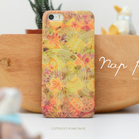 apple iphone case : abstract pattern