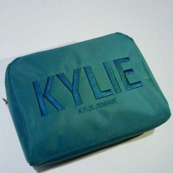 DCCK8N2 Kylie Christmas Green Embroidery Storage Big Capacity Make-up Bag [429893320740]