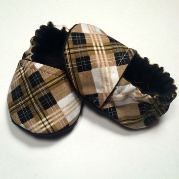 Newborn Baby Gift - Baby Shower Gift - Newborn Baby Boy Shoes - Newborn Baby Boy Booties - Plaid Baby Shoes - Baby Boy Gift