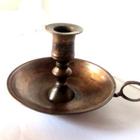 Antique candle holder. Old copper Candlestick. Chamber candle holder. Candle holder with saucer and handle. Vintage.