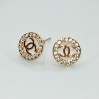 Dazzling Gold Plated White Rhinesto.. on Luulla