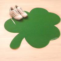 Clover rug. Three leafs clover silhouette doormat. St. Patrick's Day