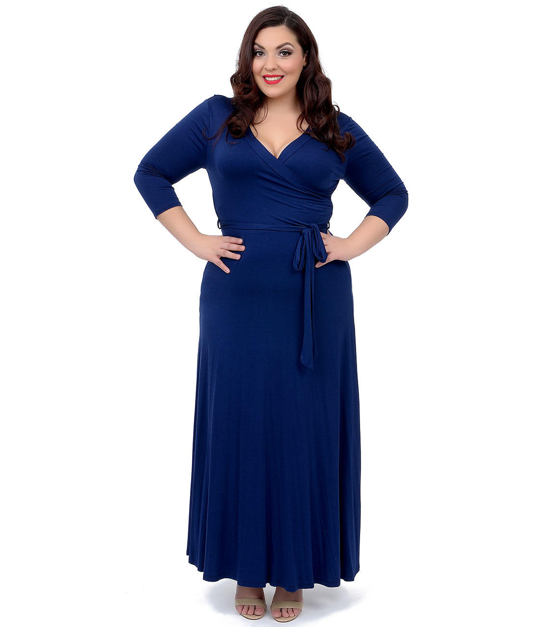 Plus size 1970s style navy blue from unique vintage for Chic and curvy wedding dress