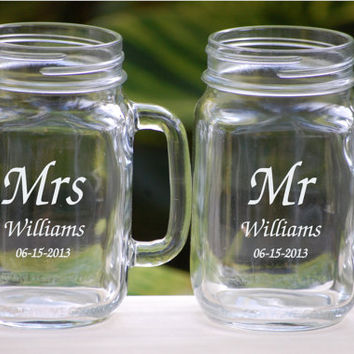 Toasting Glasses, Mason Jar Glasses Personalized, Rustic Barn Wedding Favors, Engraved Mason Jar, Mason Jar Mugs