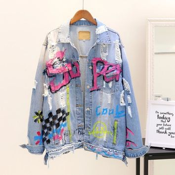 Trendy 2018 Spring Autumn Women New Letters Painting Graffiti Loose Holes Denim Jacket Coat Girl Students Ripped Jeans Jackets Outwear AT_94_13