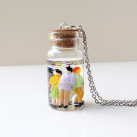 Little People Bottle Necklace, Whimsical Lilliput Diorama Figures Resin Bottle Pendant, Resin Jewelry, Quirky Jewelry, Kitsch, UK (459)