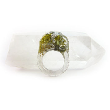 Terrarium + Silver Leaf Resin Ring • Size 6.5 • Geometric Terrarium Ring • Science Specimen Ring • Nature Moss Eco Resin Ring