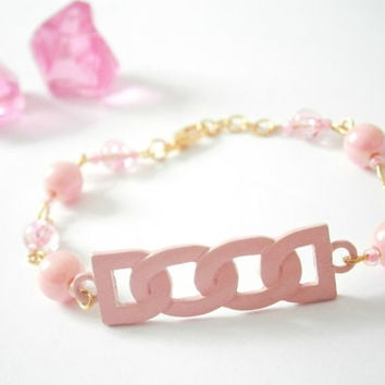 Pale Pink Bracelet - Beaded Jewellery - Acrylic Pearl Jewelry - Beaded Bracelets - Pink and Gold - Gift for Girls - Teenage Girl Braclet