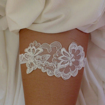 Ivory little metallic thread garter lace garter flower modern garter Lolita prom bridesmaid bridal garter  burlesque  garter free ship