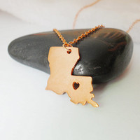 Louisiana State Necklace Rose Gold,LA State Necklace,Louisiana Charm State Necklace,LA State Pendant Jewelry,Louisiana Necklace With A Heart