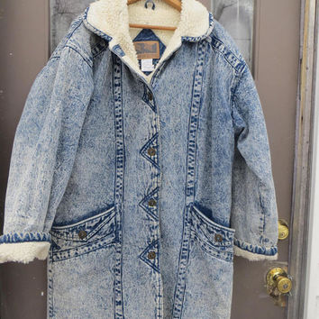 80s  hipster  oversized   women acid washed long denim sherpa lined long coat duster    by British  Mist   sz.  med