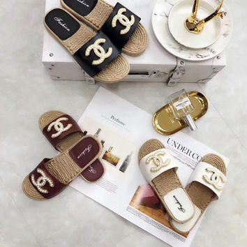 Chanel Summer Women All-match Fashion Pearl Letter Slippers Home Beach Casual Soft Flat Shoes Sandals