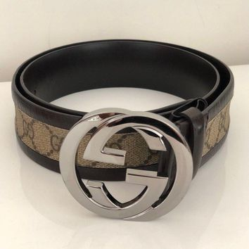 Pre-owned Authentic Gucci Vintage GG buckle Women leather belt 99% new