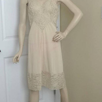 1960s Vanity Fair Beige Full Slip or Petticoat with Heavy Lace Trim, Size 36, Nylon Tricot, Adjustable Straps, Vintage Lingerie, Wide Lace