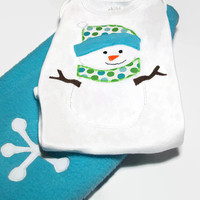 Christmas Baby Clothes - Snowman Baby Outfit -  Fleece Pants and appliqued Snowman Bodysuit