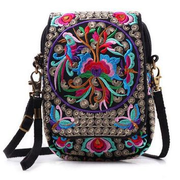Boho Ethnic Embroidery Bag Vintage National Embroidered Canvas Messenger Bags