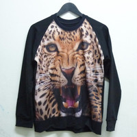 Unisex Men Women sweatshirt size M L long sleeve crew neck jumper Snarling tiger leopard sweater animal