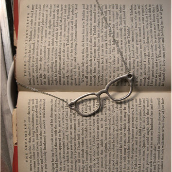 Ms Sylvia Silver Eyeglasses Necklace by sodalex on Etsy