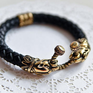 Leather black panther men's bracelet Leather mens's jewelry Biker's jewelry Gift for him Bronze jaguar head bracelet Totem animal jewelry