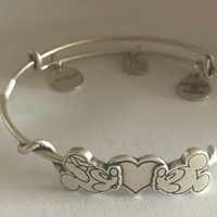 Disney Parks Mickey & Minnie Kissing Bracelet Alex & Ani Silver Finish New Tags