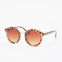 Cara Rounded Sunglasses in Tortoiseshell - Urban Outfitters