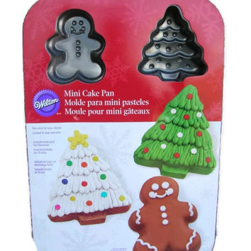 Mini Cake Pan Christmas Tree ~ Gingerbread Man